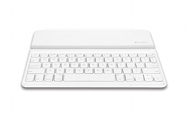 New White Logitech UltraThin KeyBoard Cover For iPad